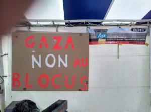 b37bde97dc06 ... le mouvement BDS (t-shirts BDS dans l assistance