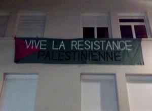 ff14dabb2f963 ... le mouvement BDS (t-shirts BDS dans l assistance